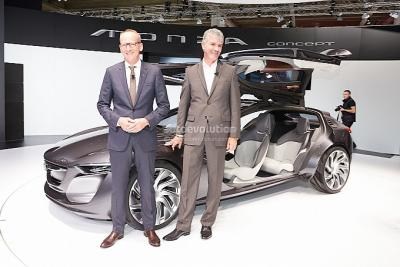 frankfurt_2013_opel_monza_revealed_live_photos_medium_3__1_.jpg