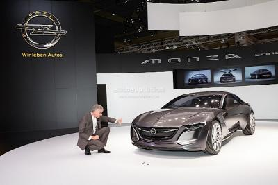 frankfurt_2013_opel_monza_revealed_live_photos_medium_6.jpg