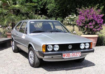 800px_VW_Scirocco_1973.jpg